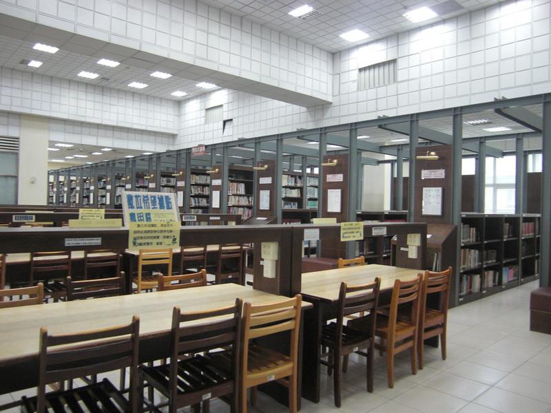 開架閱覽區