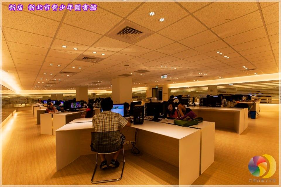 二樓多媒體中心:資訊檢索區、MOD觀賞區、戶外活動平台(街舞區、塗鴉區)
